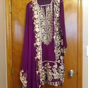 Pakistani Agha Noor chiffon shirt and dupatta🦋